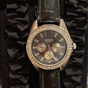 ARTISAN NWT Watch w/ crystals & crocodile pattern!